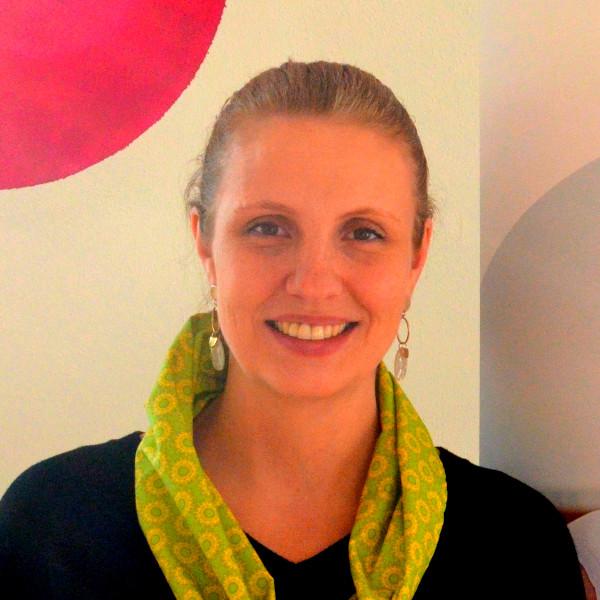 Stefanie Estergombi